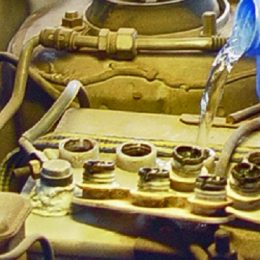 Destilirana voda za automobil je uvijek bolja opcija od obične vode